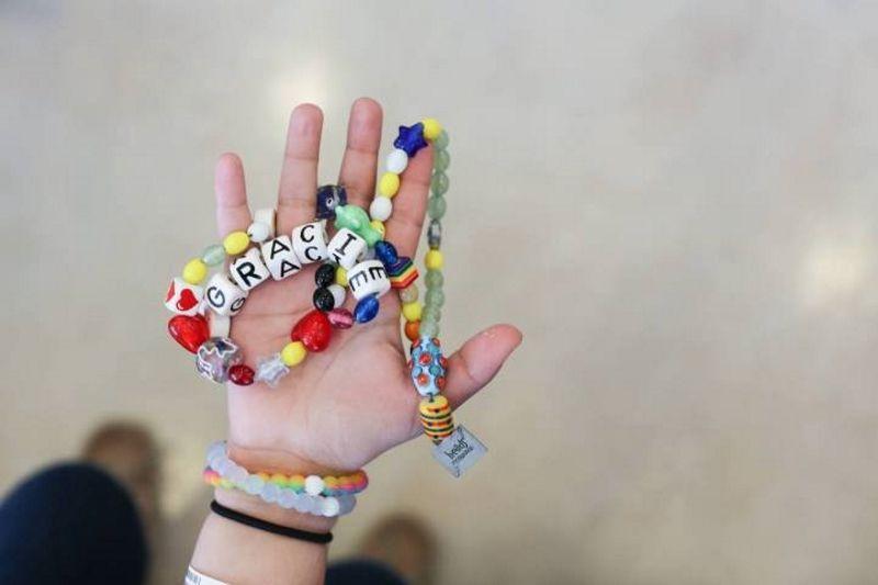 Ontroerende verhalen halen 3,8 miljoen op voor pediatrische kankerbestrijding