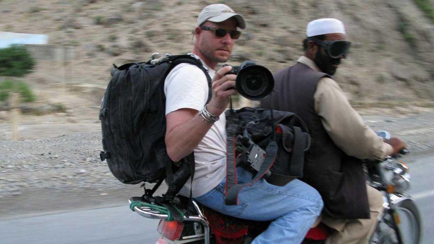 Nieuwsfotograaf David Gilkey overleden