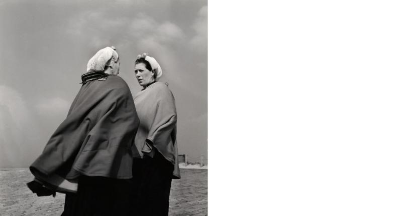 Captions for Cas Nederlands Fotomuseum