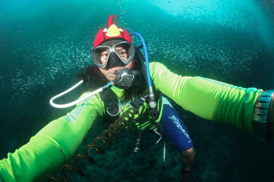 Paparazsea maakt onderwater selfies
